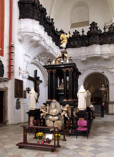 kaplica-sw-jadwigi-slaskiej-w-trzebnicy-fot-mmazurkiewicz.jpeg