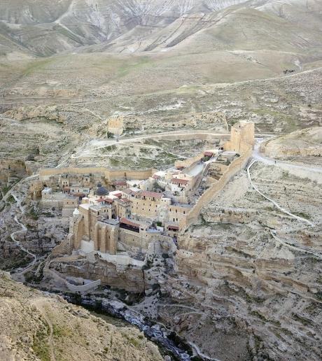 911px-Palestine-2013-Aerial-Mar_Saba_Monastery.jpg