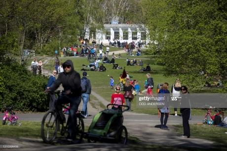 people-gather-in-volkspark-wilmersdorf-park-in-berlin-on-april-19-picture-id1210398456.jpg