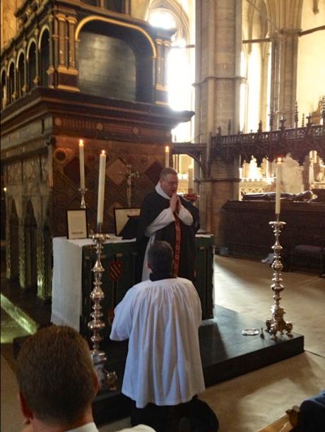 Screenshot-2017-10-12 Extraordinary Form Requiem Mass at Westminster Abbey(1).png