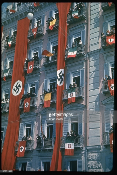 nazi-italian-flags-draped-fr-balconies-w-large-nazi-streamers-to-picture-id92931066.jpg