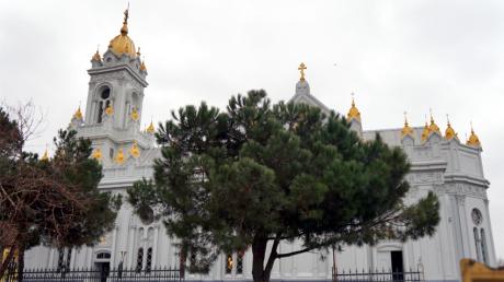 "Screenshot-2018-1-6 L'église orthodoxe bulgare ""Saint Stéphane"" à Istanbul dans toute sa splendeur….png"
