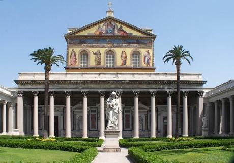 Roma_San_Paolo_fuori_le_mura_BW_1.JPG