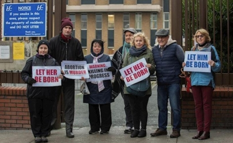 Pro-Life_Protest_Ireland_(1)_810_500_75_s_c1.jpg