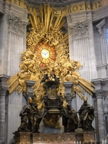 bernini-throne_of_saint_peter1327774747200.jpg
