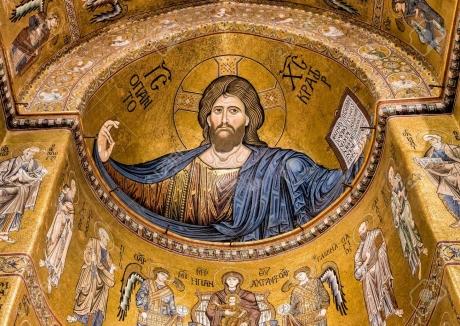 87618564-christ-pantocrator-mosaïque-à-l-intérieur-de-la-cathédrale-de-monreale-près-de-palerme-sicile-italie.jpg
