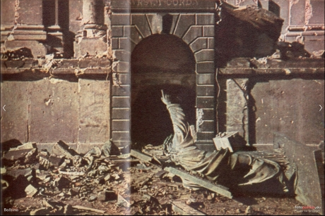 Screenshot_2020-08-06 Figura Chrystusa Sursum Corda , Warszawa - 1944 rok, stare zdjęcia.jpg