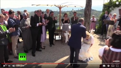 Screenshot_2018-08-20 Putin dances, speaks German at Austrian FM's wedding - YouTube.png