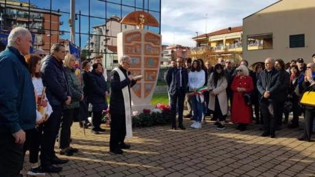 Screenshot_2019-12-02 Inaugurata ad Albenga «Mater Matuta», la statua della storia dell'Agricoltura - La Stampa.png