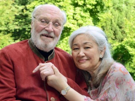 Kurt-Masur-und-Frau-Tomoko.jpg
