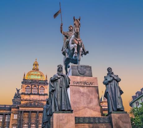 Screenshot_2018-09-27 Statue de saint Venceslas.png