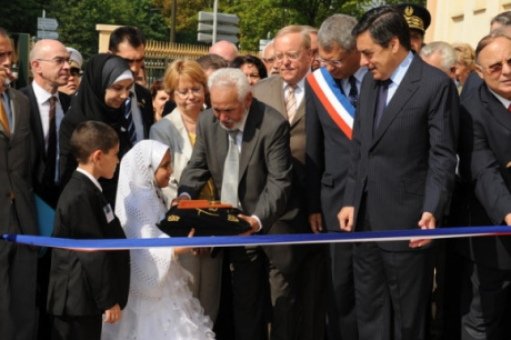 10427008_Inauguration_de_la_Mosquee_Al_Ihsan.jpg