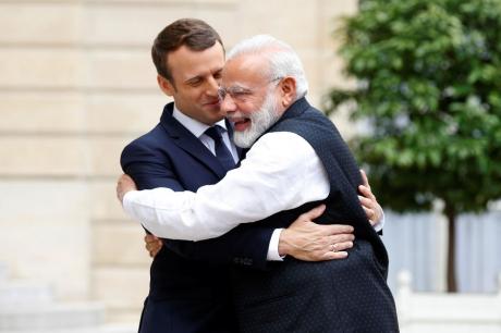 Emmanuel-Macron-Narendra-Modi-11.jpg
