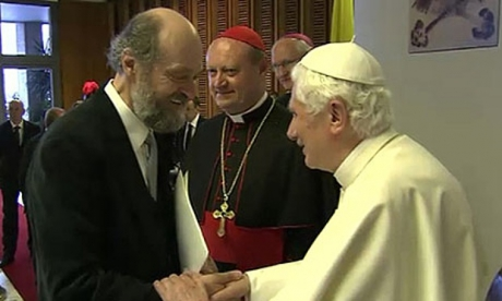 Arvo-P-rt-with-Pope-Bened-007.jpg
