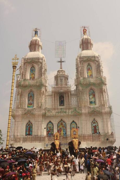 kappalottam-2017-moonnu-noimbu-kuravilangad-church-103.jpg