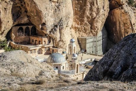sos-chretiens-orient-syrie-monastere-sainte-thecle-maaloula.jpg