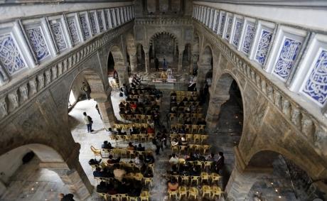 Screenshot_2019-03-04 A Mossoul, une première messe pour la paix et la réconciliation - Vatican News(1).jpg